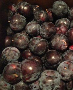 plums black